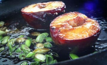 Grilled Peaches with garnish